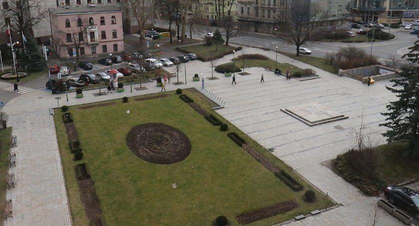 Wydarzenia, Wrocławska firma zrobi dokumentację rewitalizację placu Słowiańskiego - zdjęcie, fotografia