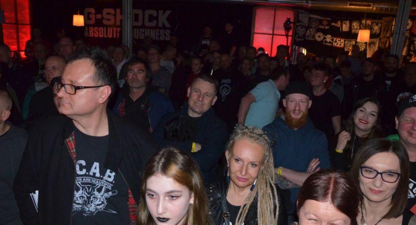 Muzyka Koncerty, Dezerterzy anarchiści głośno wolności Spiżarni - zdjęcie, fotografia