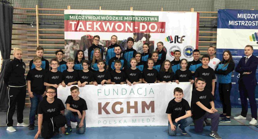 Sztuki Walki, Medalowe żniwa młodych taekwondoków zawodach Lutyni - zdjęcie, fotografia