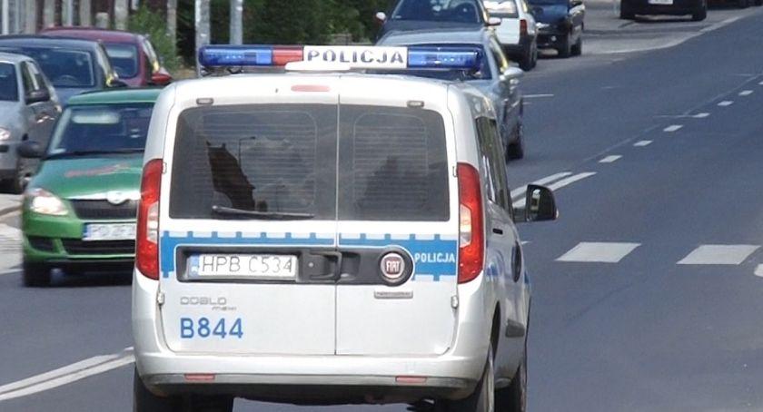 Komunikaty Policji, Policja zapowiada wzmożone kontrole drogach - zdjęcie, fotografia