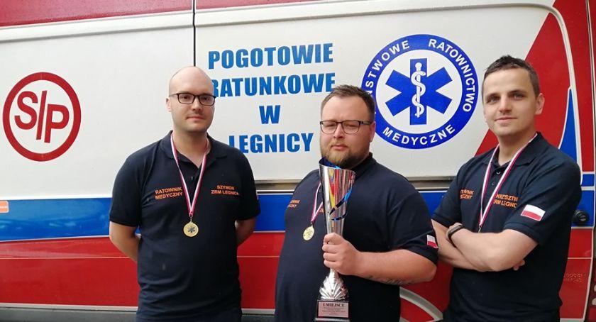 Wydarzenia, Ratownicy Legnicy zwyciężyli regionalnych mistrzostwach - zdjęcie, fotografia