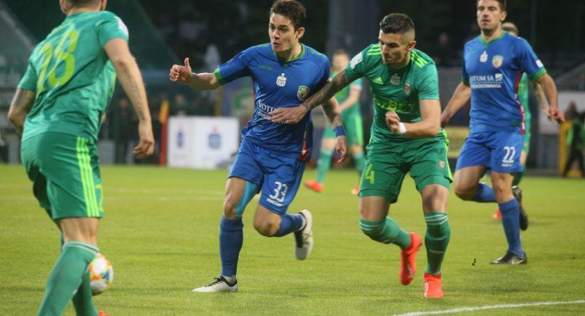 Piłka nożna, Miedź przed spadkiem Lotto Ekstraklasy może uratować tylko - zdjęcie, fotografia