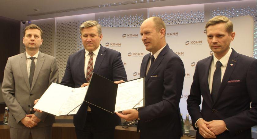 Edukacja, przystąpił klastra edukacyjnego Prezesi podpisali deklarację - zdjęcie, fotografia