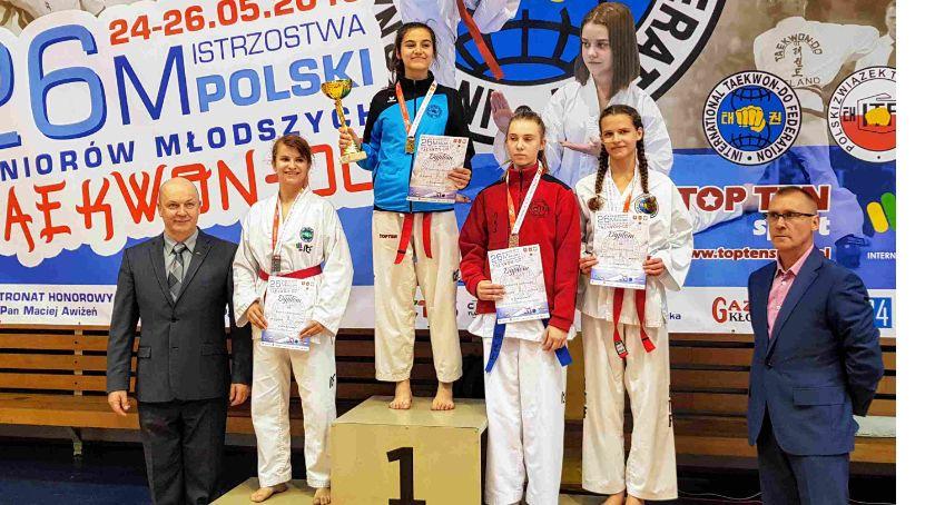 Sztuki Walki, Klaudia Wiśniewska Legnica mistrzynią Polski taekwondo - zdjęcie, fotografia