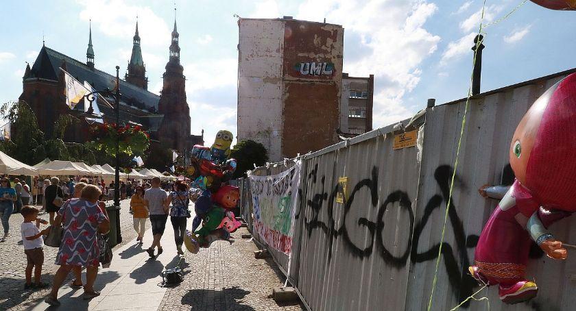"""Wydarzenia, Fajny pomysł miejskiej aktywistki """"Legnico! Zróbmy mural!"""" - zdjęcie, fotografia"""