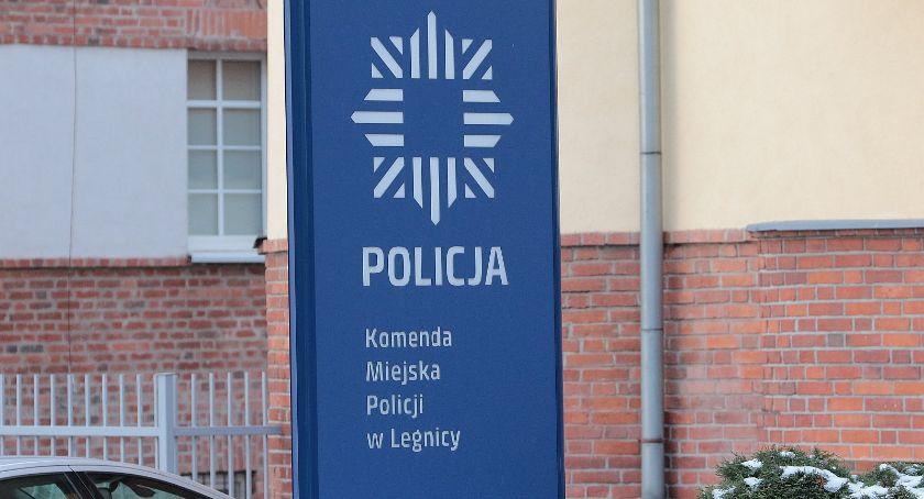 Komunikaty Policji, latek bogatą kartoteką trafił kraty Może zostać dłużej - zdjęcie, fotografia