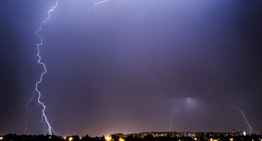 Wydarzenia, Uwaga! Możliwe przerwy dostawie prądu Żywioł zaatakuje wieczorem - zdjęcie, fotografia