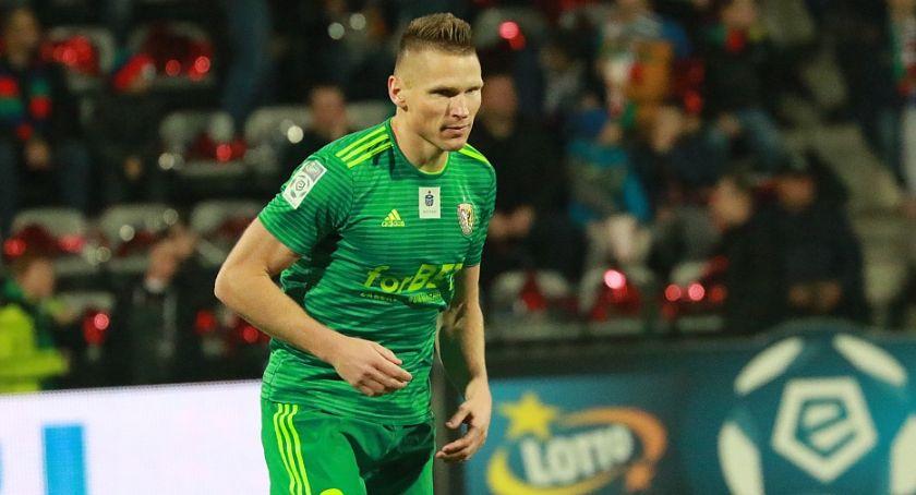 Piłka nożna, Transferowy sukces Miedzi latach Robak wraca Legnicy! - zdjęcie, fotografia