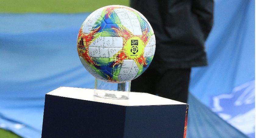 Piłka nożna, wyznaczył termin procesu piłkarskich działaczy Legnicy - zdjęcie, fotografia
