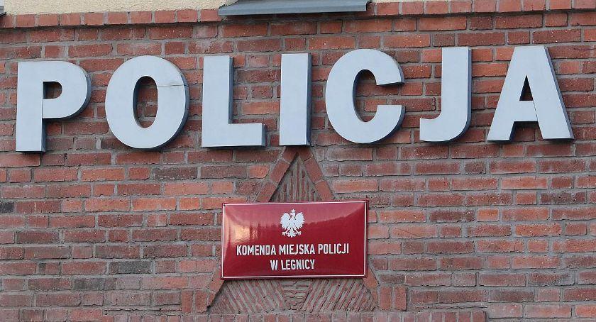 Komunikaty Policji, Włamał wiedząc środku właścicielka - zdjęcie, fotografia
