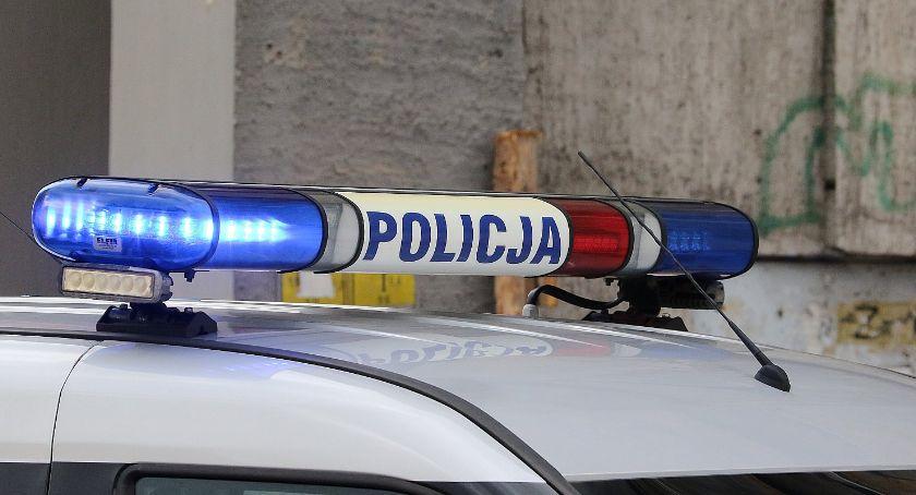 Wydarzenia, Naćpany jechał narkotykami wpadł ręce policji - zdjęcie, fotografia