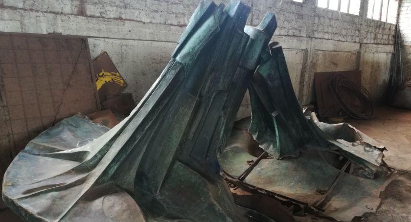 Samorząd, niszczejąca magazynie fontanna wróci ulice Legnicy - zdjęcie, fotografia
