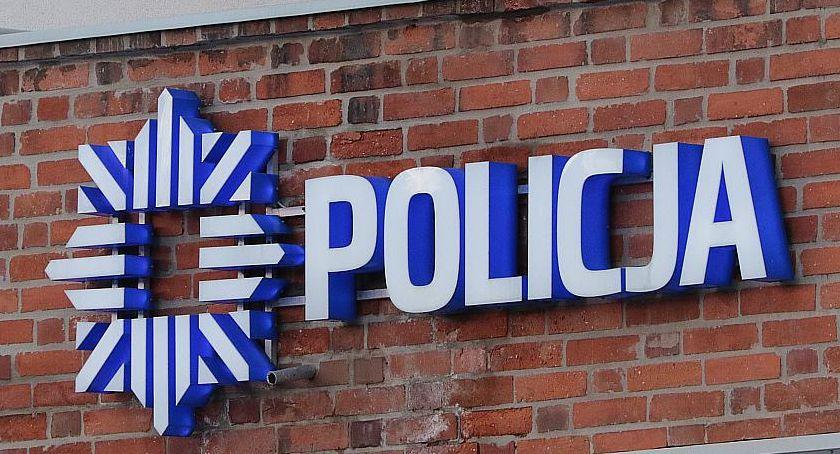 Komunikaty Policji, Policjanci złapali dilera Grozi odsiadka grzywna - zdjęcie, fotografia