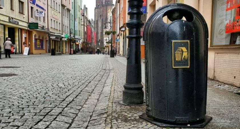 Wydarzenia, Zarząd Dróg Miejskich kosze śmieci Wiadomo - zdjęcie, fotografia