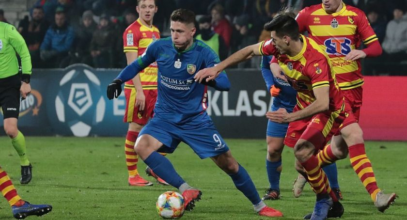Piłka nożna, Miedź zabezpieczyła przed zemstą Fabiana Piaseckiego - zdjęcie, fotografia