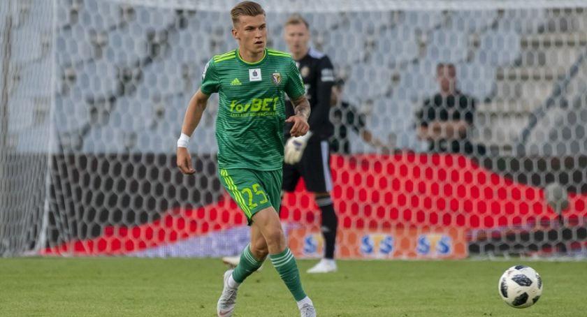 """Piłka nożna, Damian Gąska trafi Miedzi """"Jest lepszy Omara Santany"""" - zdjęcie, fotografia"""