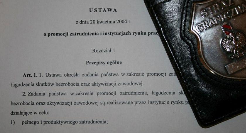 Wydarzenia, Pogranicznicy Legnicy tropie nielegalnie pracujących Ukraińców - zdjęcie, fotografia