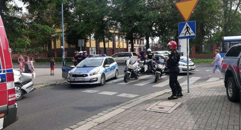 Sprawy kryminalne, Pijany kierowca spowodował kolizję Chojnowskiej [FOTO] - zdjęcie, fotografia