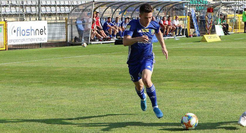 Piłka nożna, MIEDŹ OLIMPIA Łukowski zagra przeciwko kolegom szkolnej ławki - zdjęcie, fotografia