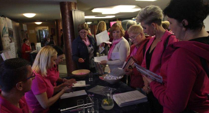 Wydarzenia, Różowa konferencja kobiet kobietach kobietami - zdjęcie, fotografia