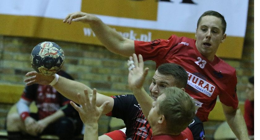 Piłka Ręczna, Siódemka Miedź wygrała Ostrovią zasiadła fotelu lidera ligi! - zdjęcie, fotografia