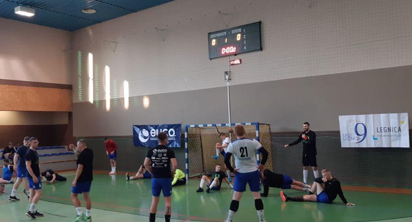Piłka Ręczna, Lider mocny Piłkarze ręczni Dziewiątka wrócili Gorzyc tarczy - zdjęcie, fotografia