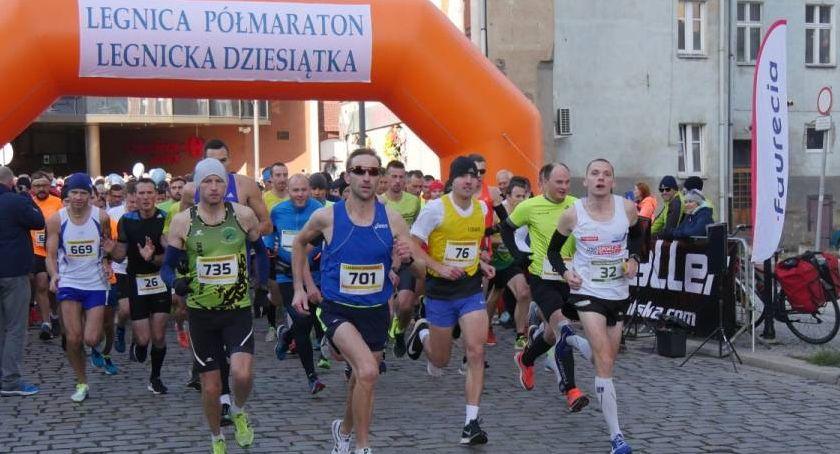 """Inne sporty, najlepszy legnickim półmaratonie """"Dziesiątce"""" [ZDJĘCIA] - zdjęcie, fotografia"""