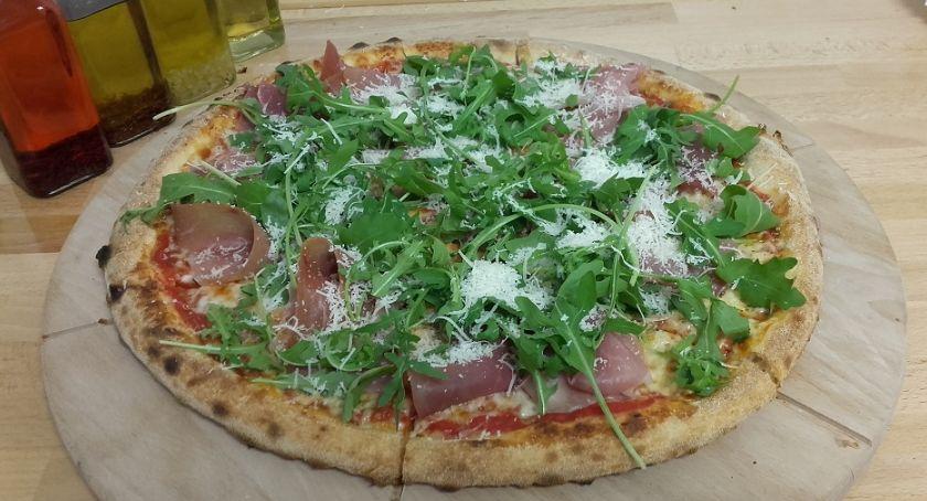 Wydarzenia, Włoski klimat Legnicy czyli Pizza - zdjęcie, fotografia