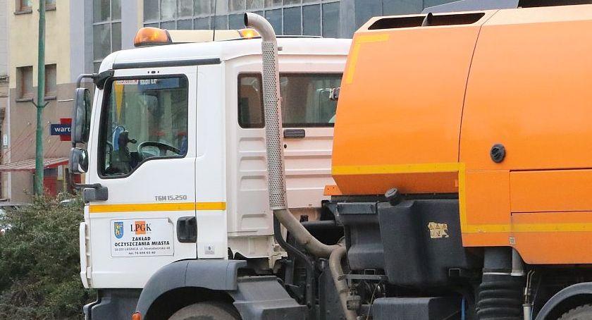Wydarzenia, Radny miejska spółka wydaje promocję reklamę - zdjęcie, fotografia