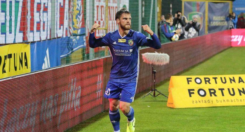 Piłka nożna, Przebudzenie króla Valerijs Sabala końcu trafił Miedź rozbiła Stomil - zdjęcie, fotografia