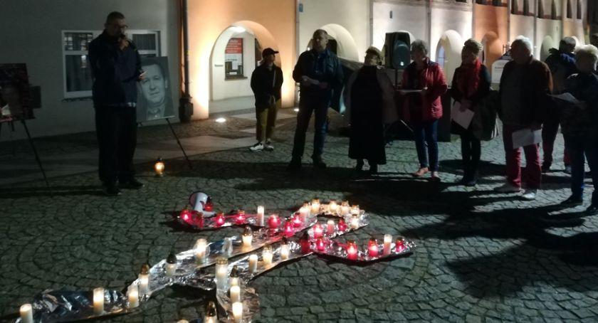 Wydarzenia, rocznicę samospalenia przypominamy manifest Piotra Szczęsnego - zdjęcie, fotografia