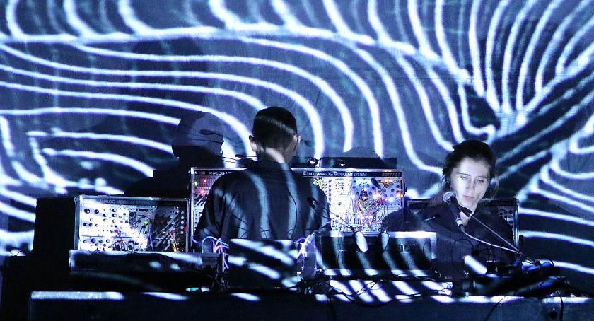 Muzyka Koncerty, Wystartował Festiwal Audiowizualnych Intermediale [ZDJĘCIA] - zdjęcie, fotografia