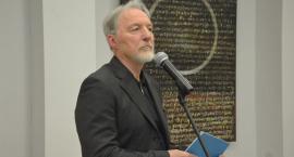Dyrektor galerii na odchodne oskarżył ratusz o ustawienie konkursu
