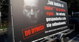 """Konwój wstydu w Legnicy. """"To prawdziwa twarz premiera Morawieckiego"""""""