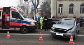 Zderzenie trzech samochodów na ul. Złotoryjskiej w Legnicy