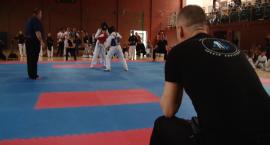 Legniczanie zadebiutowali na ogólnopolskich zawodach karate