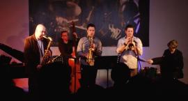 Jazz ma wiele odcieni, także te z uczuciami w tle