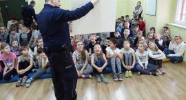 Policja szkoli młodzież z zachowania wobec zagrożeń o charakterze terorrystycznym