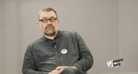 W Otwarte Karty: Rozmowa z Jackiem Głombem o Komitecie Obrony Demokracji