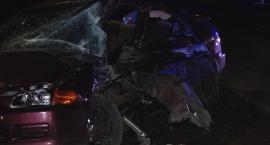 Poważny wypadek w Wilczycach. Trzy osoby ranne, jedna ciężko
