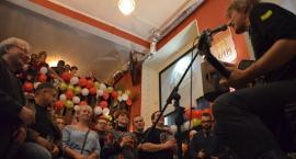 Whisky z wokalistą Dżemu i artystyczny tort - koncertowe urodziny Ministerstwa