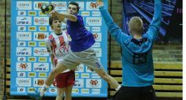 Piłkarze ręczni Siódemki o krok od awansu w MP juniorów