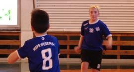 Piłkarze ręczni Siódemki przeprowadzili pokazowy trening w SP nr 16