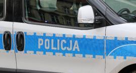 Uciekał przed policją, bo był pijany i przekroczył dozwoloną prędkość