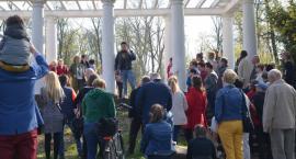 Odkrywali odmęty dziejów legnickiego parku z Przemkiem Corso