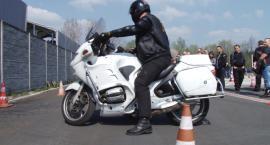 Sztuka pierwszej pomocy i jazdy na motocyklu