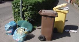 W Kunicach jak we włoskim Neapolu. Wieś tonie w śmieciach