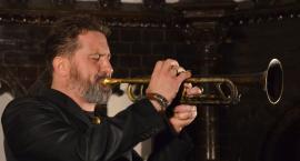 Patrycjusz Gruszecki Trio zagrał w legnickiej bibliotece