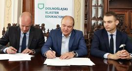 Umowa podpisana. LSSE objęła patronat nad Technikum Akademickim