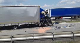 Zderzenie ciężarówek na A4. Uwaga! Autostrada zablokowana